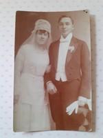 Régi esküvői fotó menyasszony vőlegény fénykép