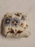 Zsolnay búzavirágos bonbonier