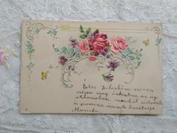 Szecessziós, dombornyomott képeslap/üdvözlőlap rózsa, lepke motívumokkal 1901-ből