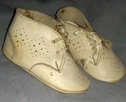 Babára cipő / 10cm-es lábra/