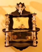 Meisseni tükrös fali polc