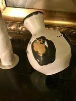 Gorka Lívia szögletes váza!