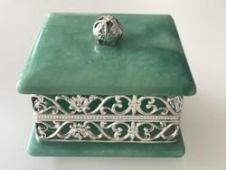 Olasz alabástrom ékszeres doboz ezüstözött betéttel, 6 x 6 cm