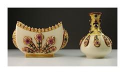 Zsolnay porcelán bonbonier és váza 1880