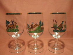 3 db vadász mintás talpas üveg pohár - őz, nyúl, fácán