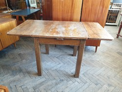 Régi népi fa asztal hosszabbítható szétnyitható vintage étkezőasztal
