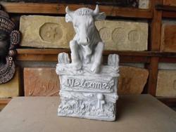 Welkome Bika tehén üdvözlő kő szobor Hentes üzletbe Bejárathoz   Fagyálló  Műkő nehéz tömör