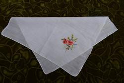 Hímzett virág mintás díszzsebkendő tálcakendő vékony anyag  25,5 x 24 cm