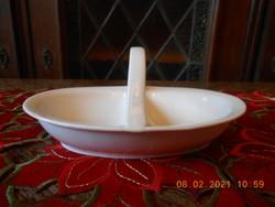Zsolnay fehér sótartó