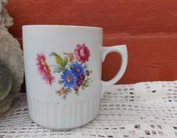 Gyönyörű Zsolnay virágos szoknyás bögre  Nosztalgia Falusi paraszti dekoráció Gyűjtői szépség