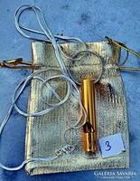 Túlélési jelző síp, 60 cm hosszú ajándék 925 ezüst jelzésű  nyaklánc, életmentő lehet! (Arany színű)
