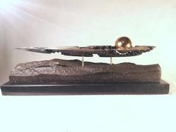 Charon ladikja (bronz szobor)