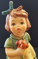 Hummel kislány zöld ruhában --- 13,5 cm