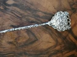 Ezüst apró sütemény szedő csípesz 1900 évek Barokk stílus. Rózsa díszek.