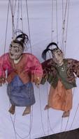Antik keleti marionett bábuk