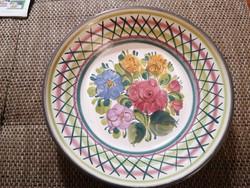 Gmundner csodaszép falitányér vagy asztali kínáló pici, restaurált sérüléssel, 24 cm átmérővel.