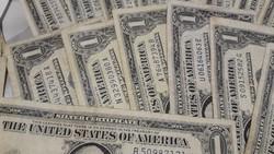 57 db amerikai 1 dolláros 1935 és  1957 es   80000 ft egyben