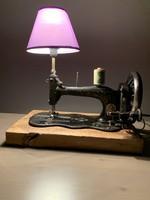 Antik, retro, ritka varrógép asztali lámpa