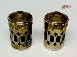 Eklektikus ezüstözött só-bors szóró páros kék üveg betéttel, vendéglőbe, gyűjteménybe