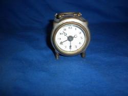 Antik kis csörgő utazó óra 5cm