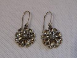 KK981 Gyönyörű virág mintás ezüst fülbevaló  925