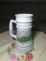 Porcelán söröskorsó