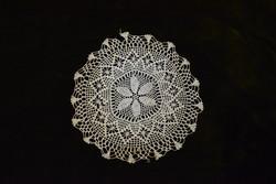 Horgolt csipke kézimunka lakástextil dekoráció kis méretű terítő 19,5 cm