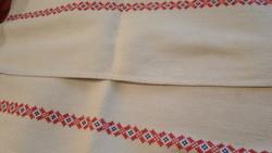 Keresztszemes hímzett vászon terítő ,törülköző 97*50cm