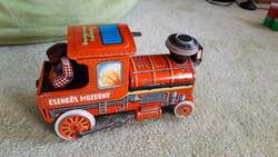 Lemezárugyár csengős mozdony