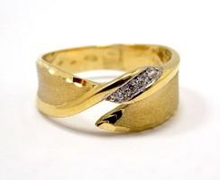 Modern stílusú köves arany gyűrű (ZAL-Au96488)