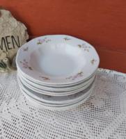 12 db Gyönyörű Zsolnay  virágos lila barackvirágos  tányérok mélytányér  paraszti falusi dekoráció