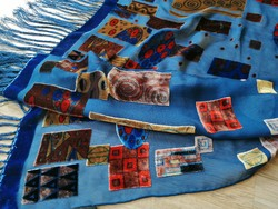 Elegáns áttetsző selyem rojtos kék stóla