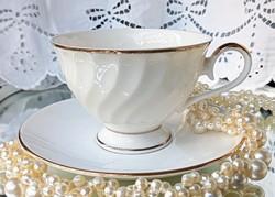 Royal angol porcelán fehér-arany teás csésze