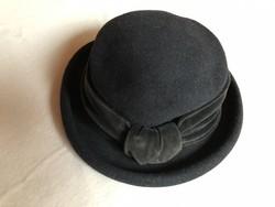 Fekete női kalap