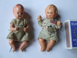 Régi, antik mini, miniatűr kerámia és festett porcelán baba egyben-az egyik sérült