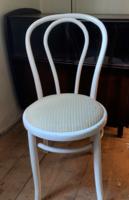 Klasszikus fehér színű, bársony kárpitozott fa Thonet szék