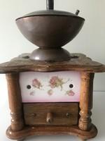 Antik kávédaráló meiseni porcelán betéttel, működő