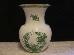 Herendi porcelán váza 15 cm.