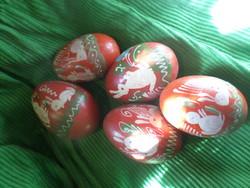 5 db festett , nyuszis , piros tojás fából , egyben .