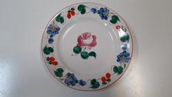 Színes virágos porcelán falitál