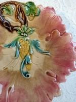 Gyönyörű, antik rózsaszín majolika kínáló/tányér