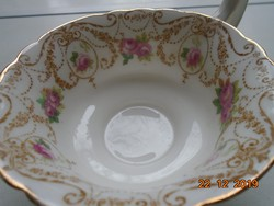 1910 Royal Doulton számozott Szecessziós rózsaszín rózsás teás csésze csipkézett peremmel és talpal