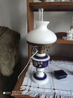 Wallendorf porcelán petróleum lámpa (átalakítva elektromos lámpává)
