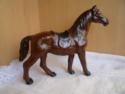 Fém játék lovacska.