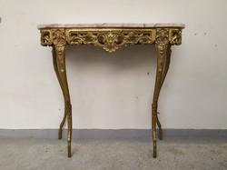 Antik réz lábazatú márvány lapos elegáns konzol asztal