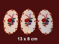 3 db Kalocsai mintával kézzel hímzett terítő