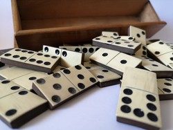 Antik csont dominó