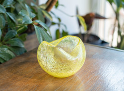 Retro Karcagi (Berekfürdői) fátyolüveg hamutál - citromsárga repesztett üveg hamutartó