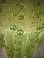 Csodálatos flitter hímzéses virágos különleges zöld terítő futó