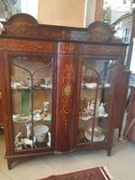 Különleges egyedi régi vitrin, üveges szekrény